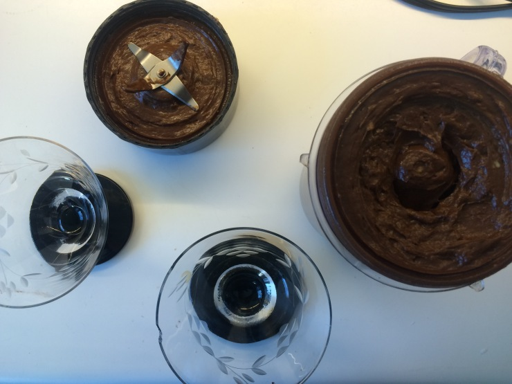 cookie-dough-topped-vegan-chocolate-mousse-4.jpg