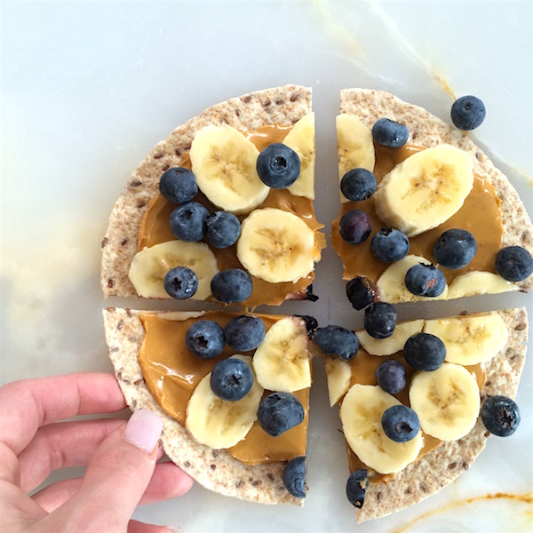 peanut-butter-fruit-snack-pizza-4.jpg