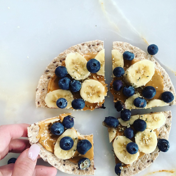 peanut-butter-fruit-snack-pizza-6.jpg