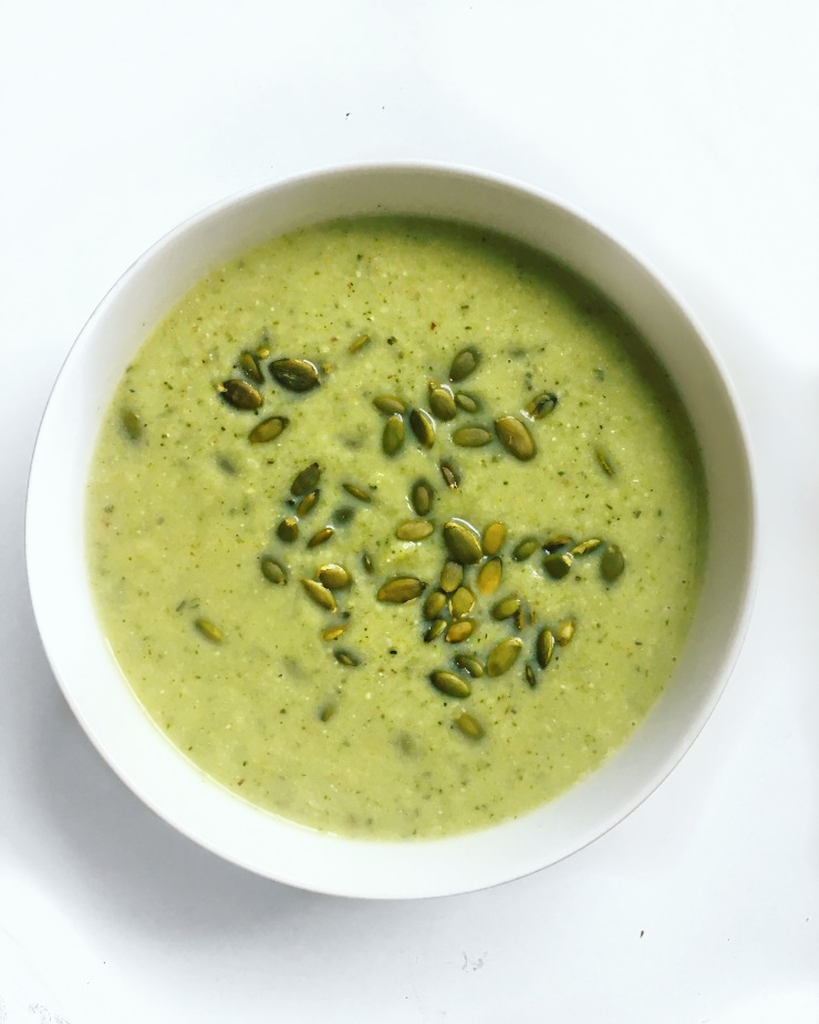 wellness-by-stella-creamy-green-detox-soup-cauliflower